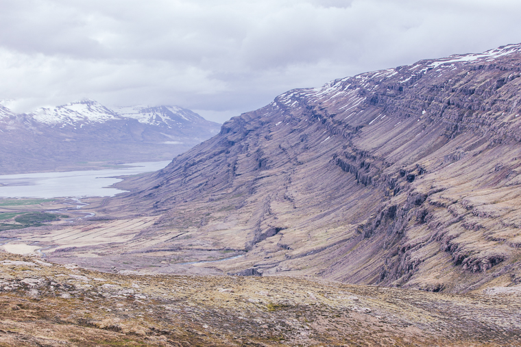 Mountain views in Iceland via finduslost