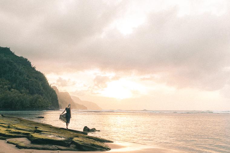Ke'e Beach Sunset Along Na Pali Coast - Kauai Travel Guide via Find Us Lost