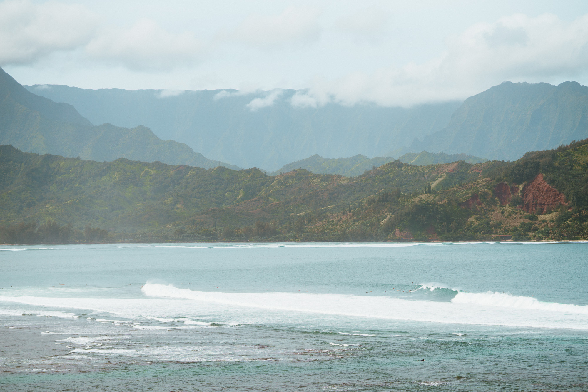 Hanalei Bay Beach in Kauai via @finduslost