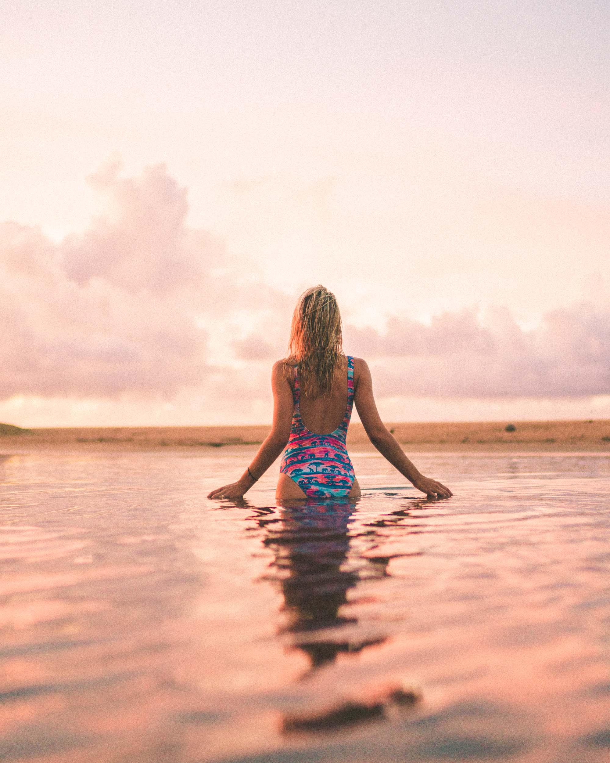 Hanalei Bay Beach Sunset Hawaii Kauai Travel Guide via Find Us Lost