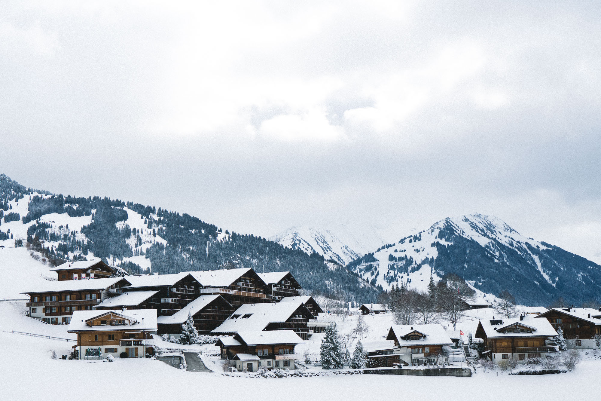 Huus Gstaad Hotel in the Snow