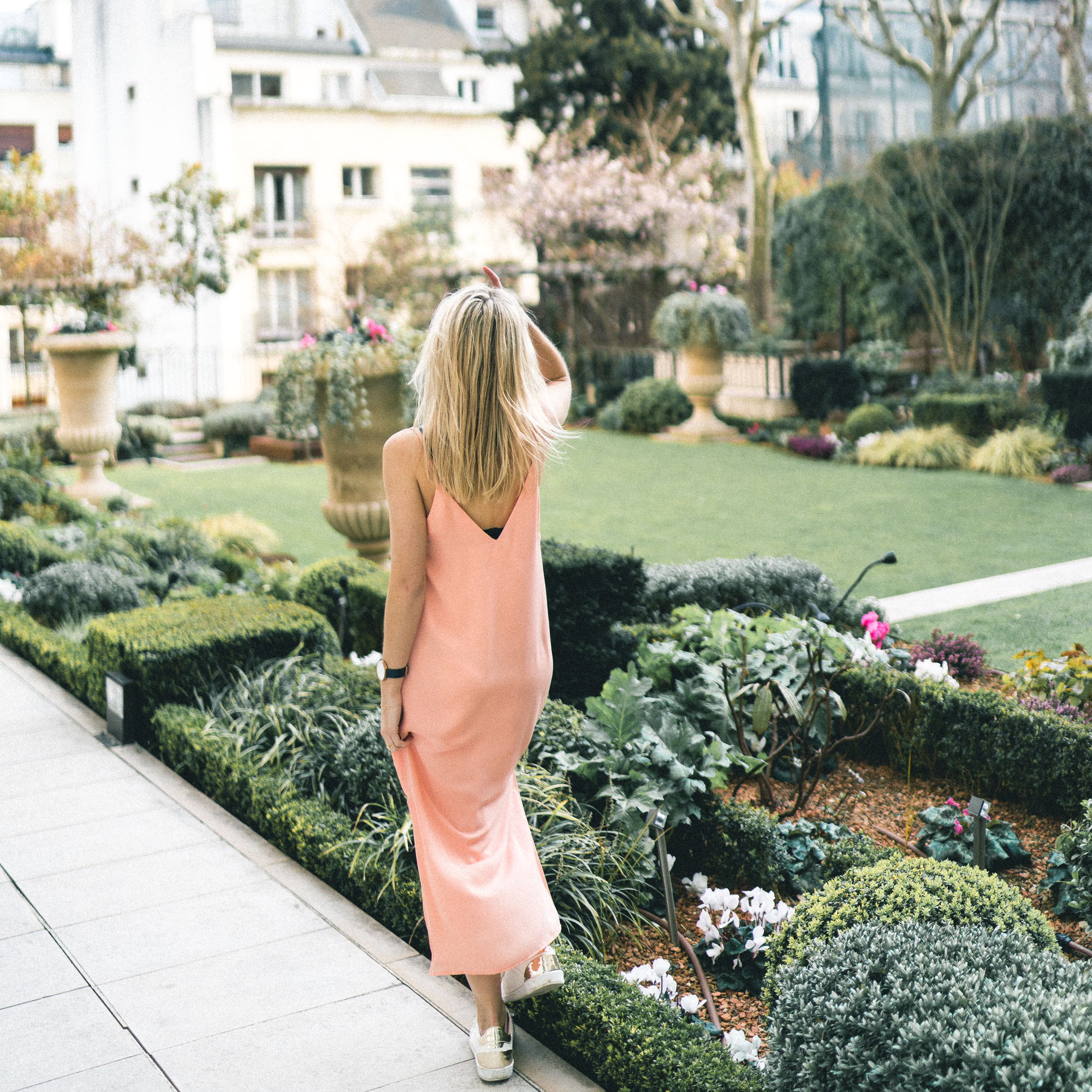 The outdoor french gardens at Shangri La Paris Hotel - Complete Paris Travel Guide