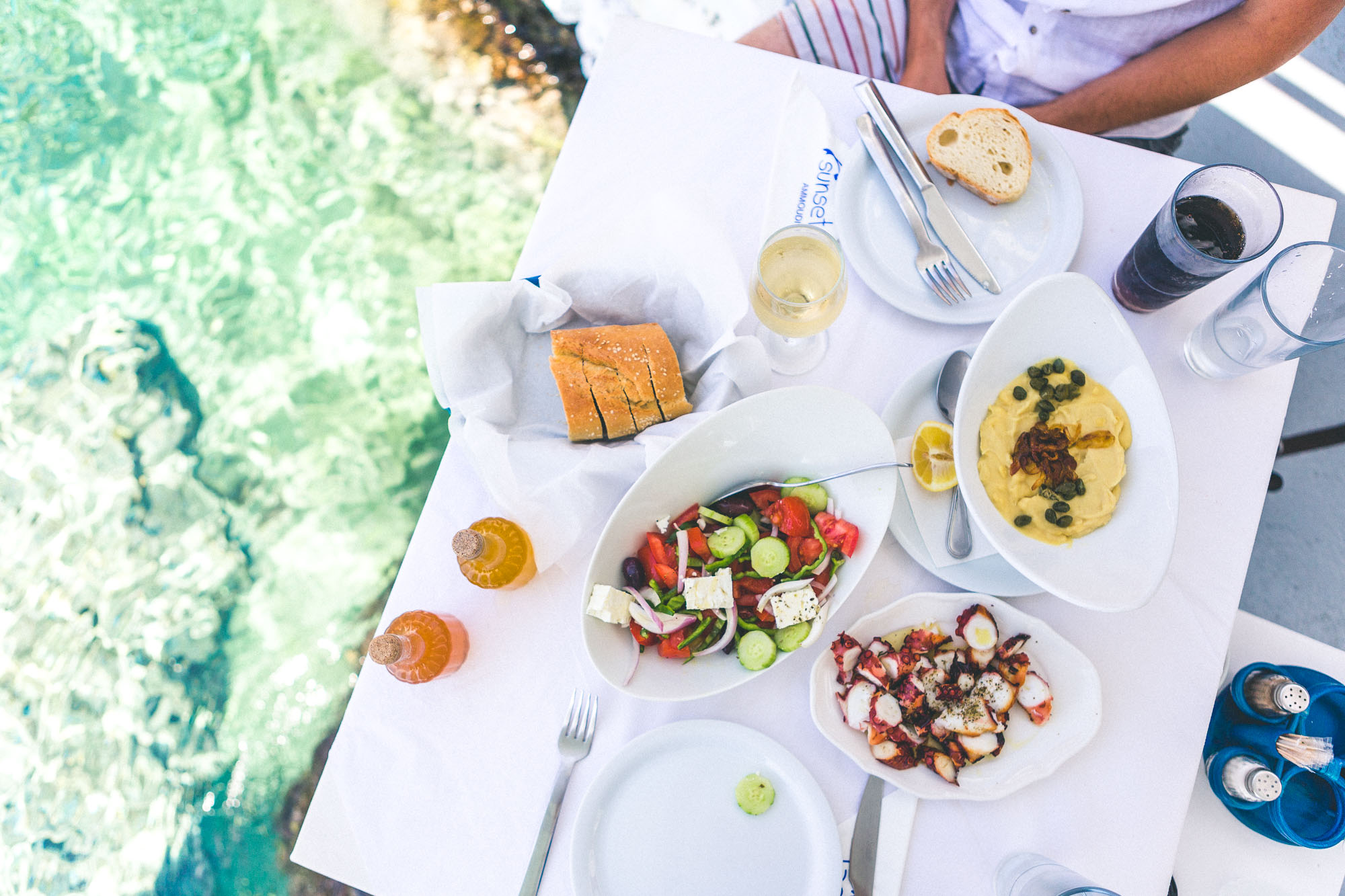 The best greek food in Ammoudi Bay - oia, santorini, greece