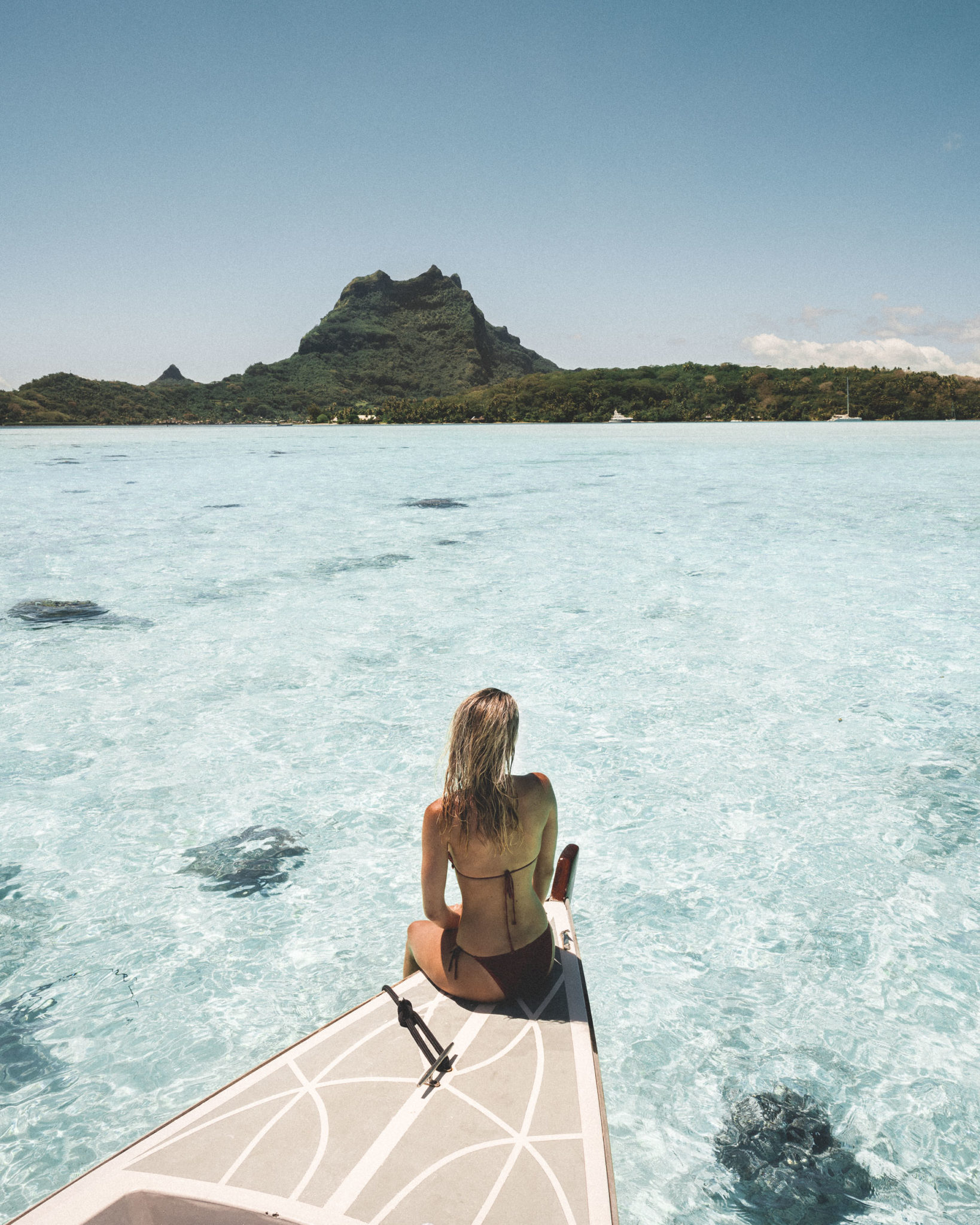 Swimming with sting rays on our honeymoon in bora bora tahiti via @finduslost