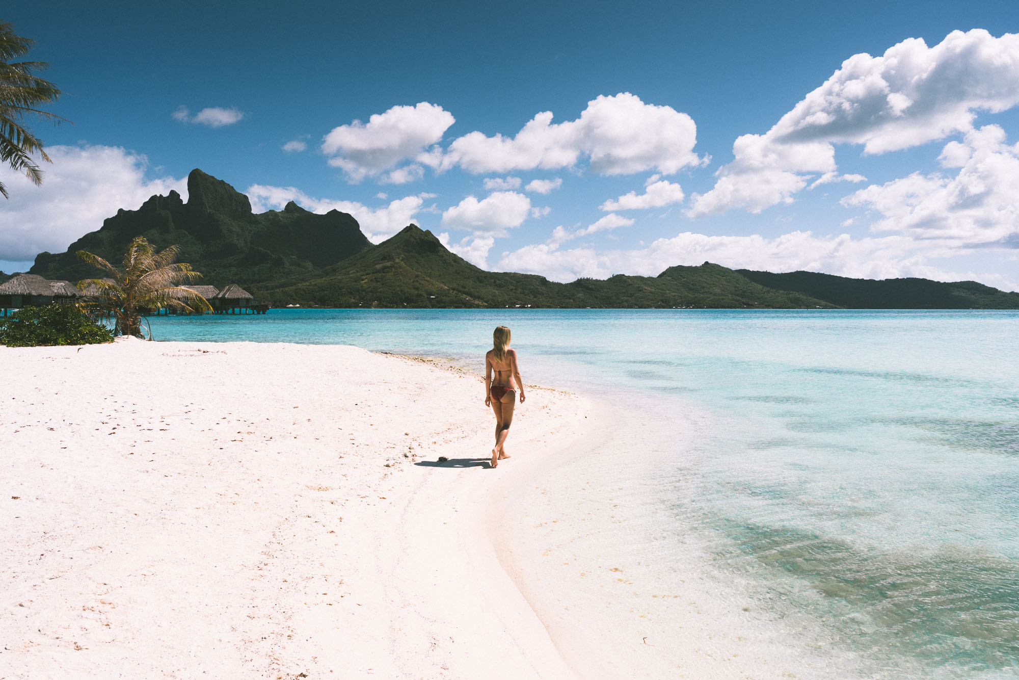 Honeymooning at Four Seasons Resort Bora Bora in Tahiti via @finduslost