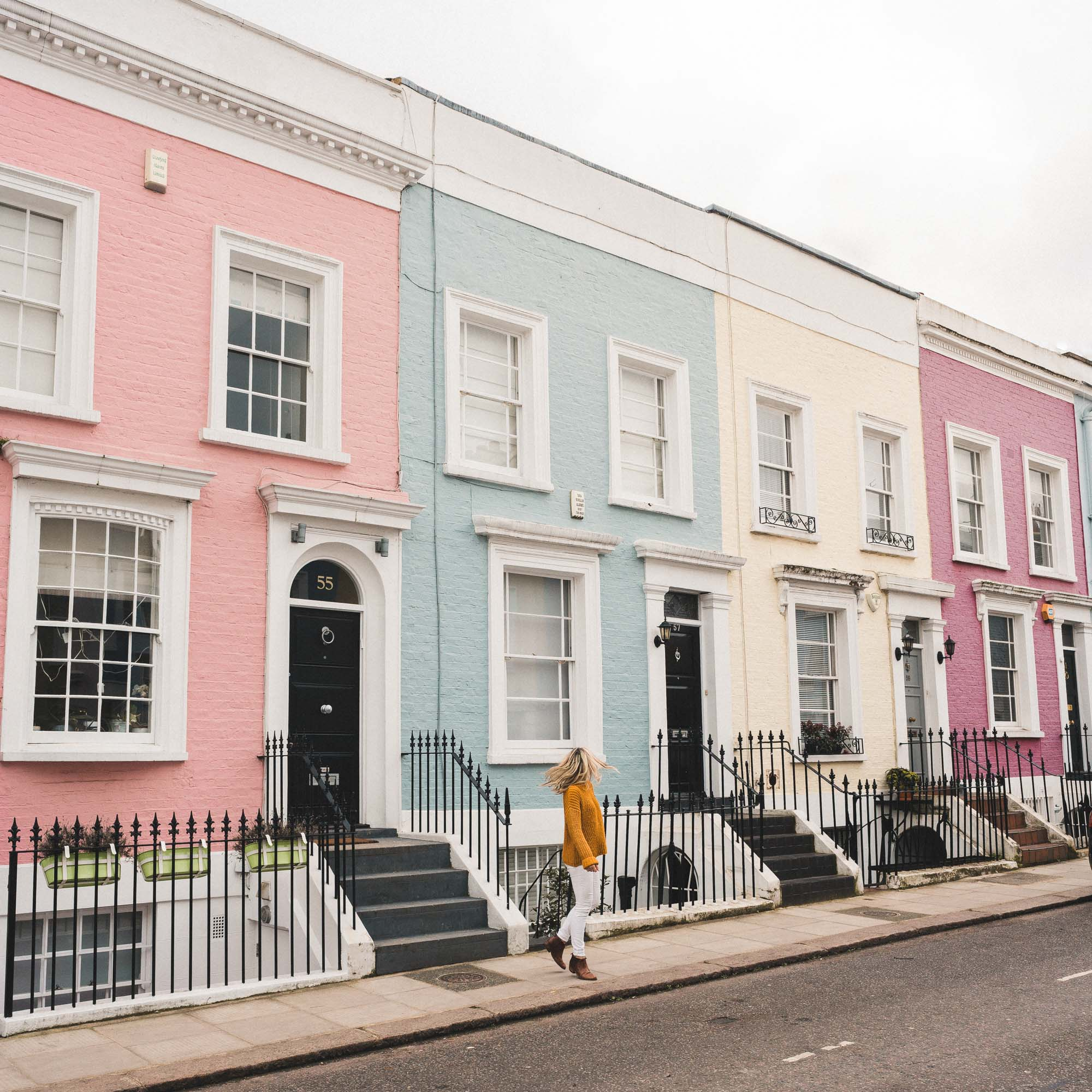 Notting hill pastel houses london england travel blogger Selena Taylor of Find Us Lost