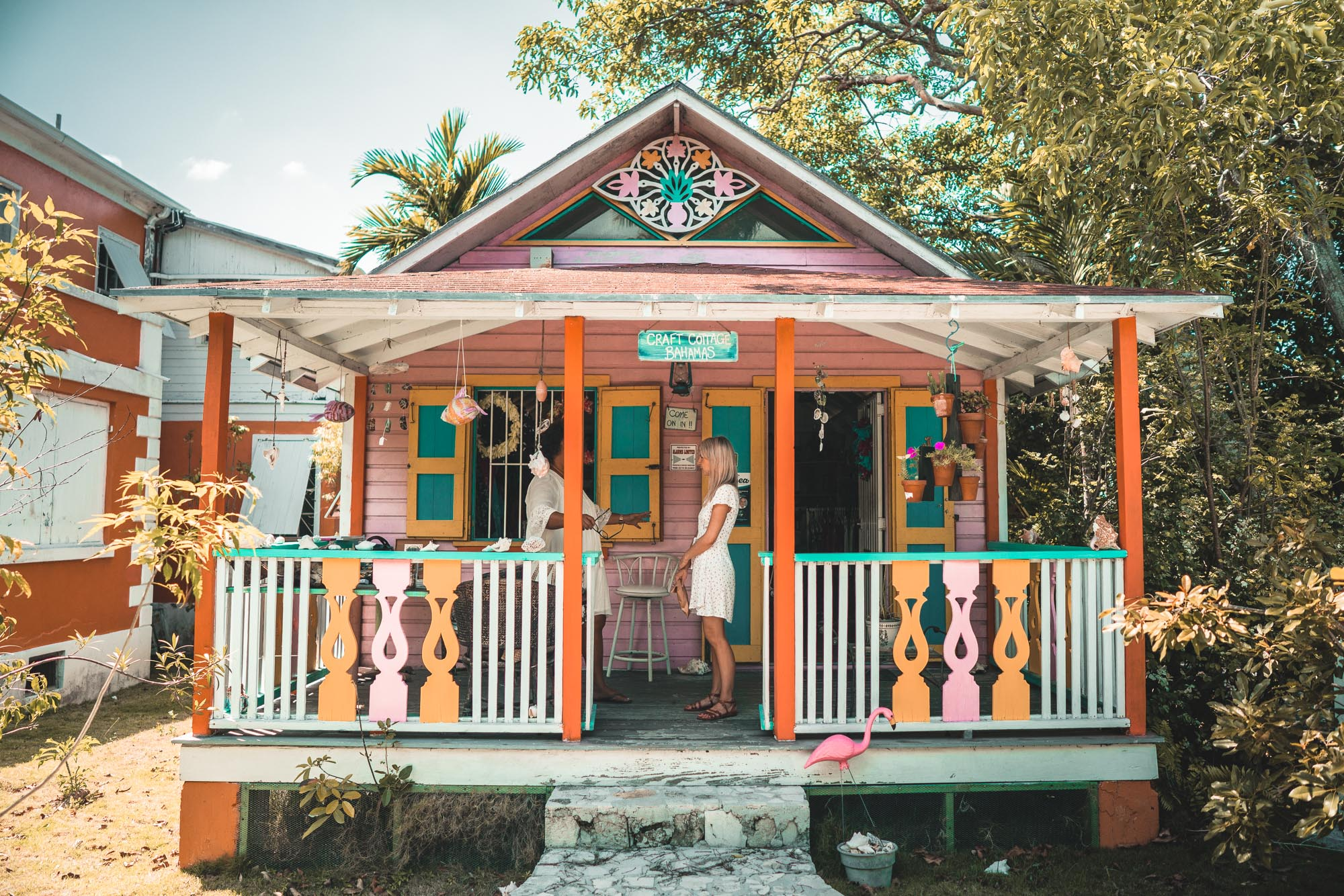 Arts and crafts gift shop in Nassau town in the bahamas