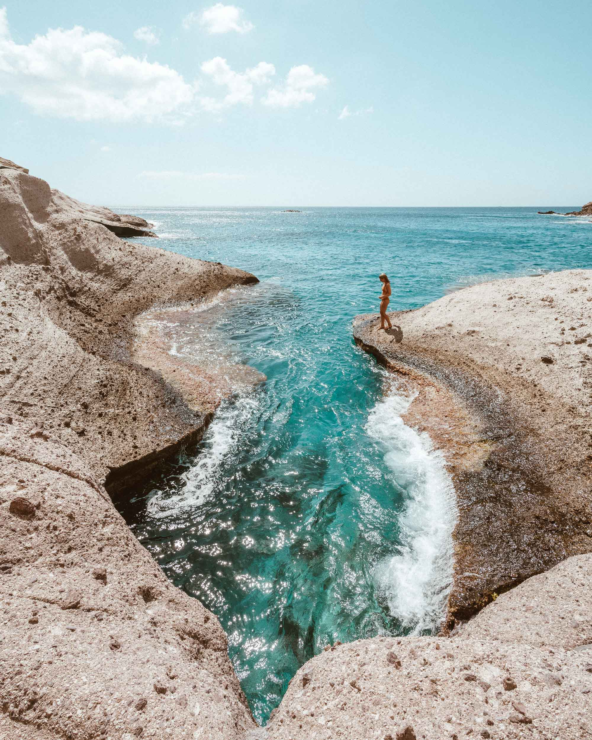 Cliff jumping spot in antiparos via @finduslost