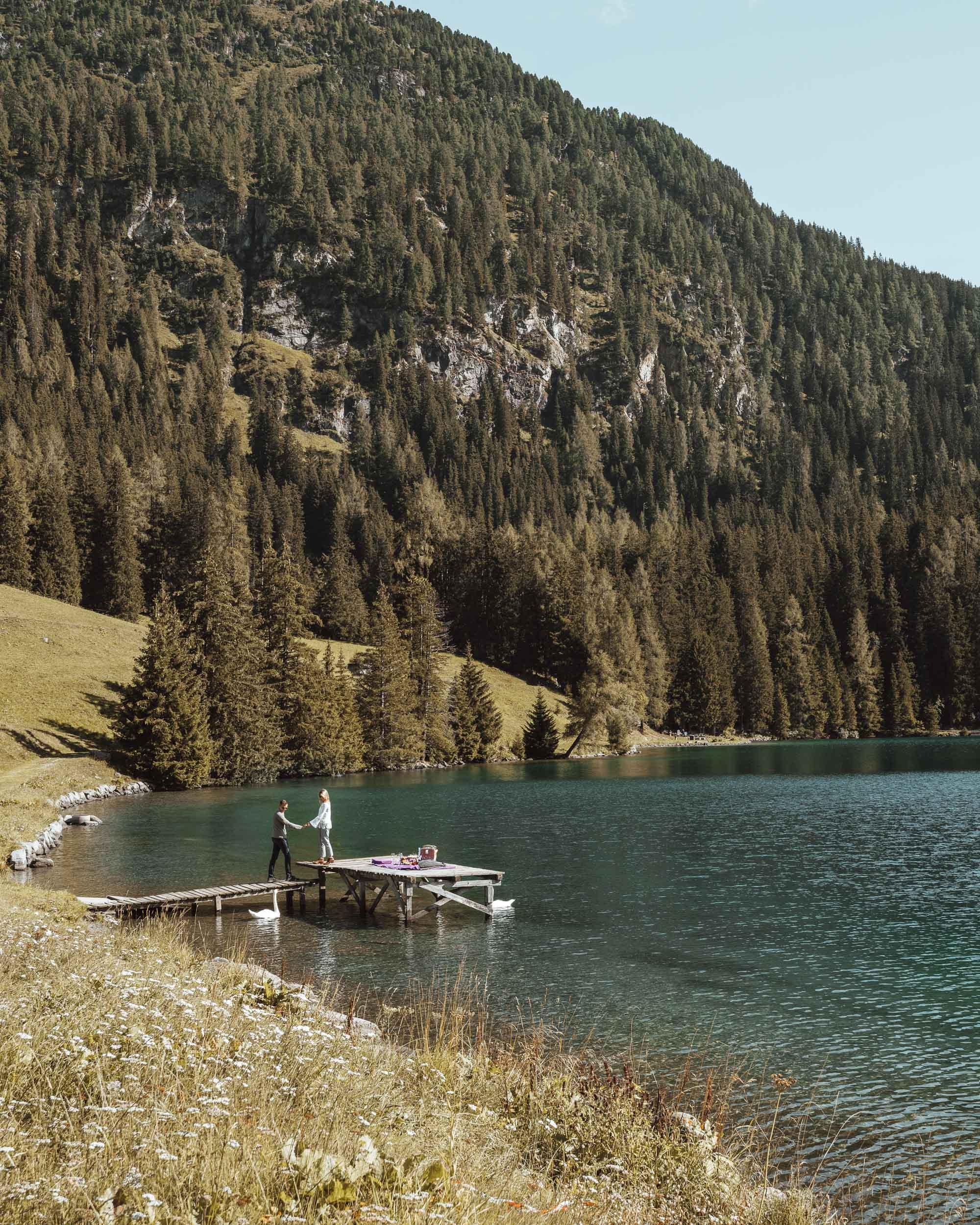 Davos lake in summer, Switzerland via @finduslost