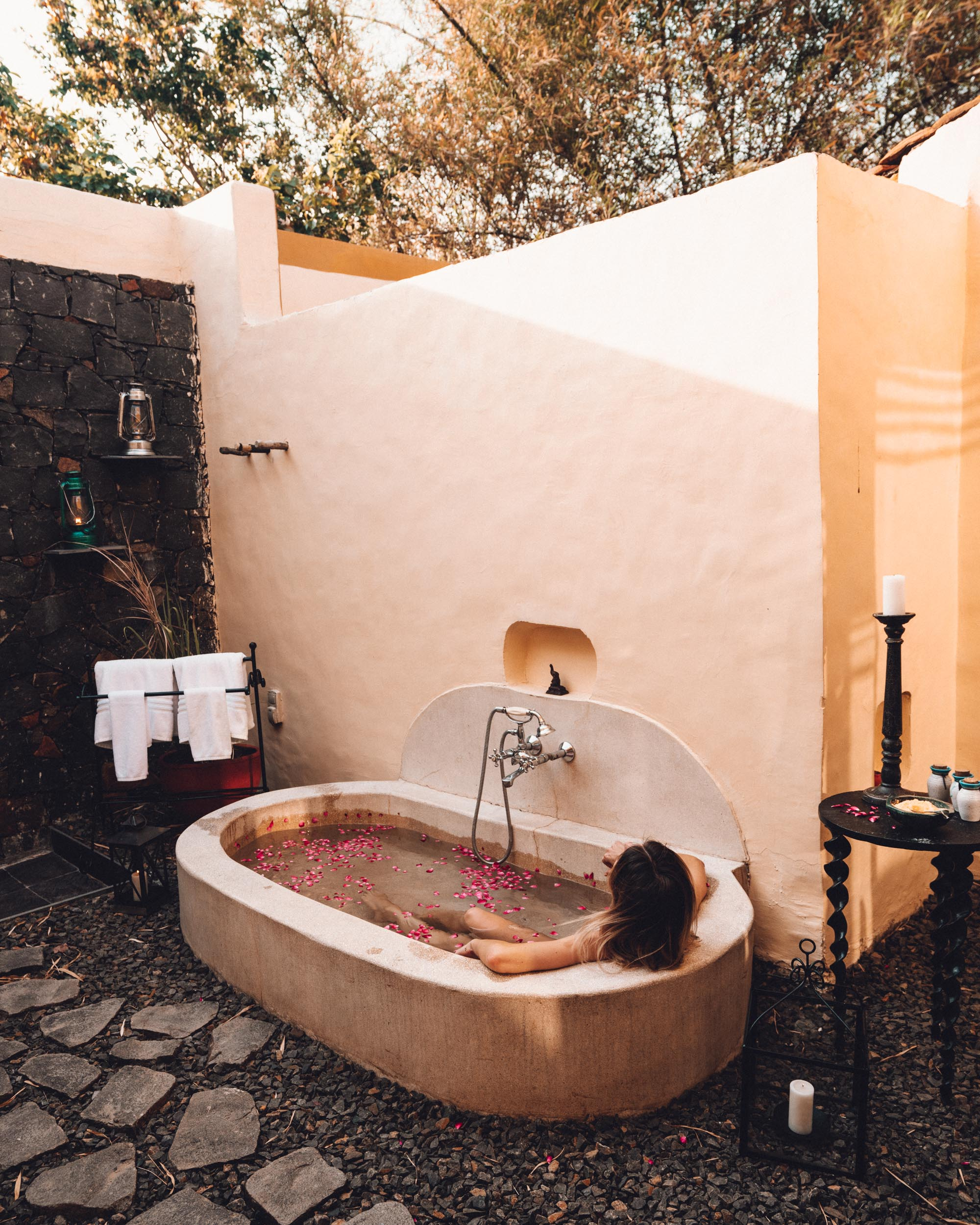 Outdoor bathtub at Samode Safari Lodge in Ranthambore National Park, India via Find Us Lost