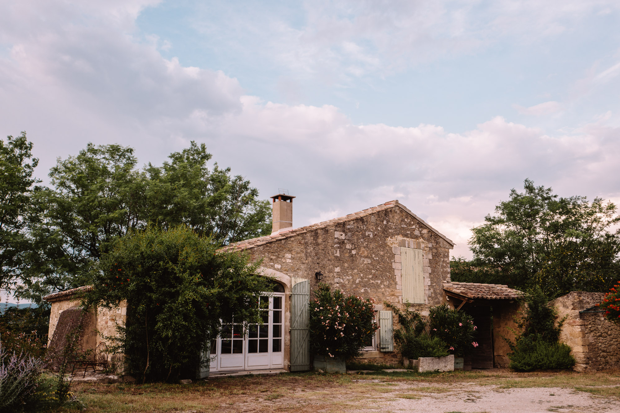 Oppede airbnb near lavender fields in provence, South of France