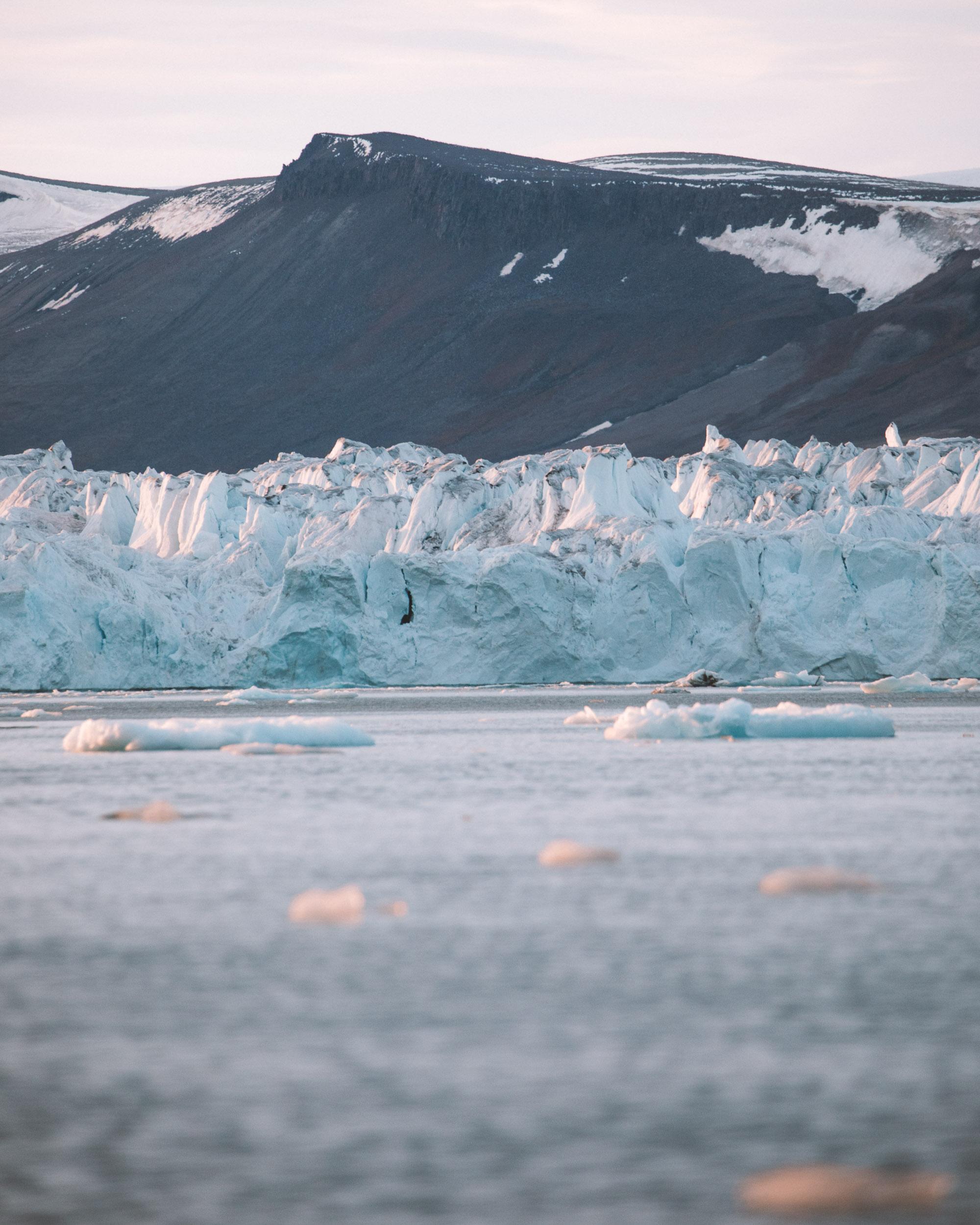Glacier wall in the midnight sun in Svalbard