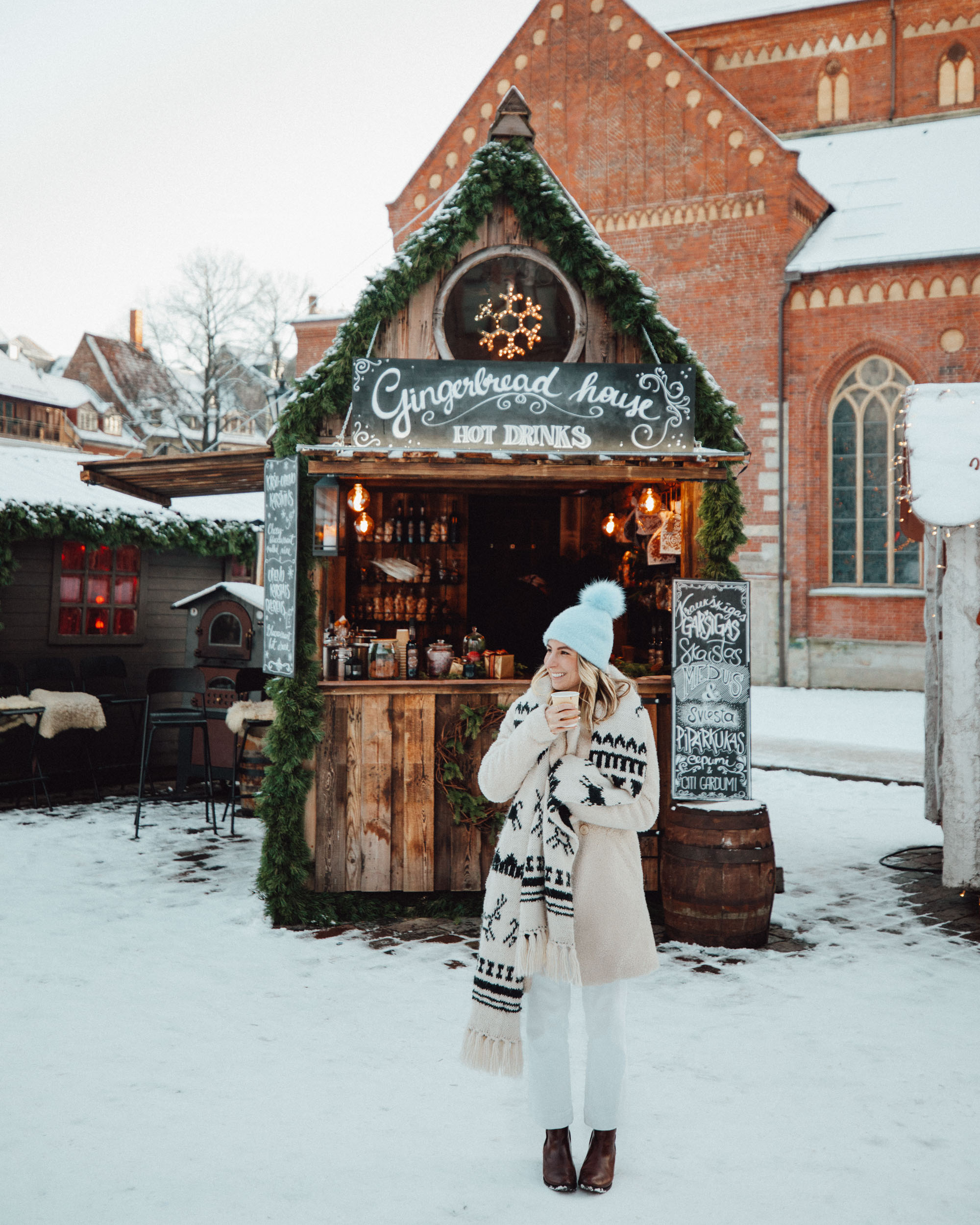 Riga Latvia Gluhwein at Christmas Market in Winter via @finduslost