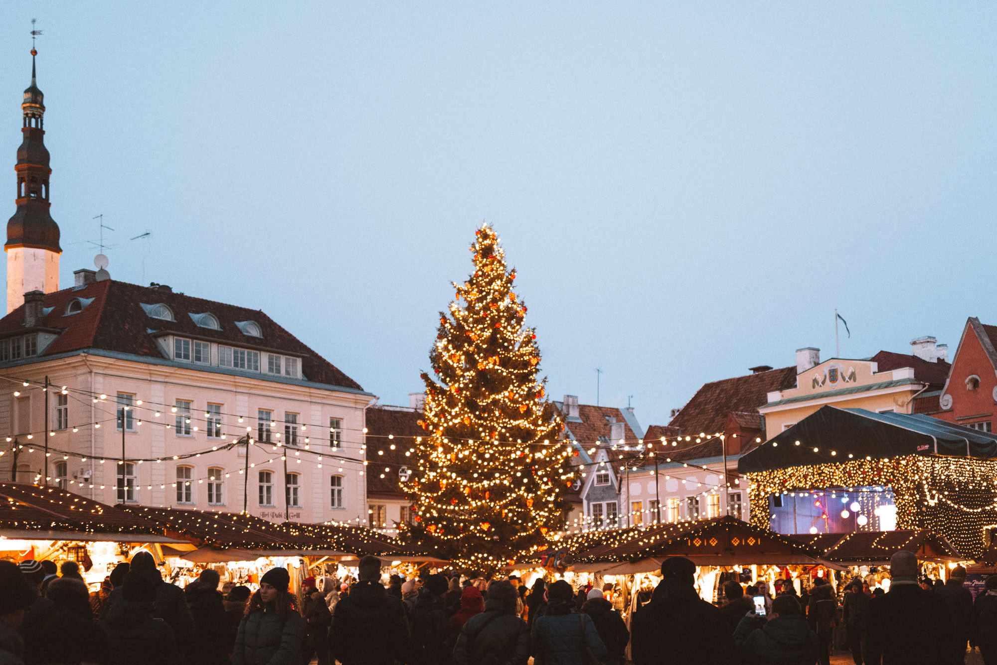 Tallinn Estonia Christmas Market in Winter via @finduslost
