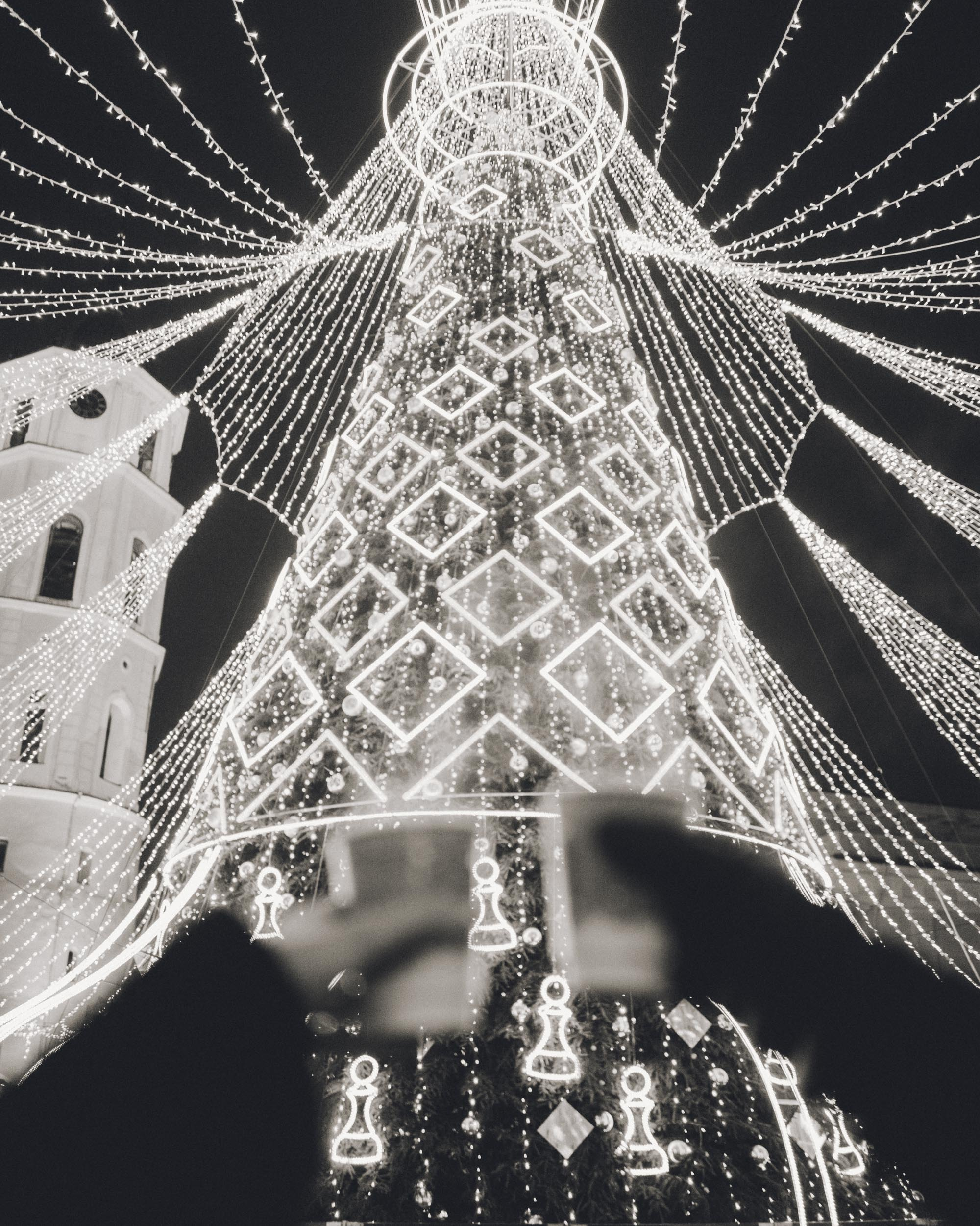 Vilnius Christmas Market in Cathedral Square in Winter via @finduslost