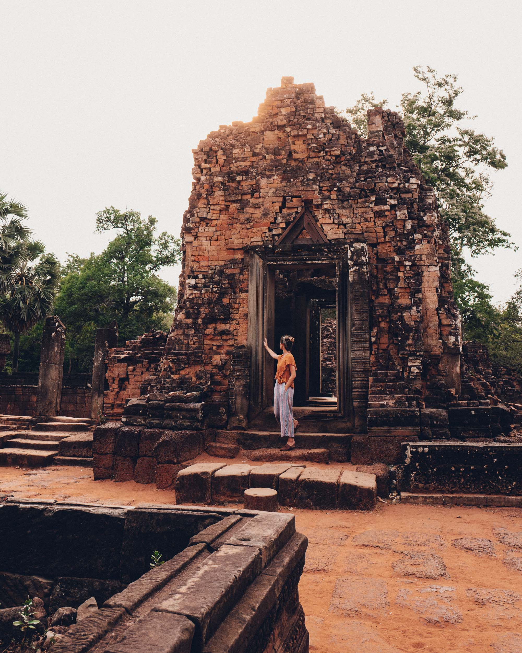 Pre Rup Temple in Siem Reap Cambodia via @finduslost