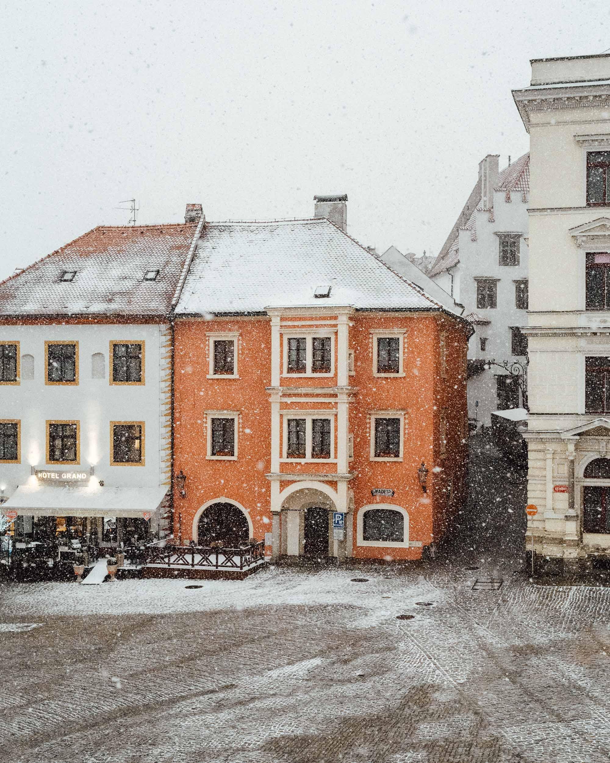 Snow falling in Cesky, Krumlov.